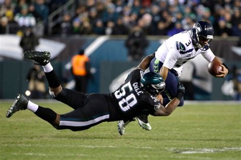 nfl scores seahawks stifle eagles offence