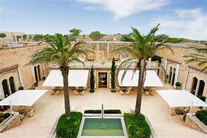 Cap Rocat Mallorca : cap rocat from a military fortress to a boutique hotel yatzer ~ Eleganceandgraceweddings.com Haus und Dekorationen