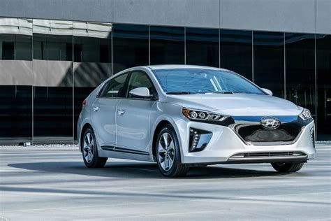 New Electric Vehicles 2017 by 2017 Ioniq Electric Review Hyundai S All New Ev Hatchback