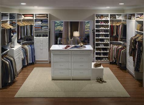 Large Closets by Walk In Closet Everydaytalks