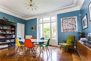 Des idees deco et d39amenagement pour creer une salle a for Deco cuisine avec chaise de salle a manger de couleur