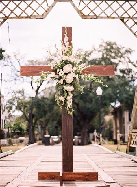 Elegant Bridge Wedding Over Bayou St John In New Orleans