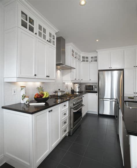 quartz cuisine blanc un retour cuisine bois quartz