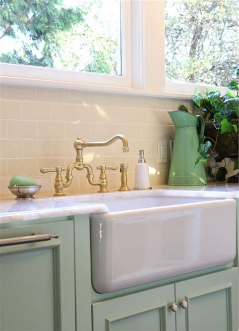 green kitchen sinks mint green kitchen cabinets design ideas 1434