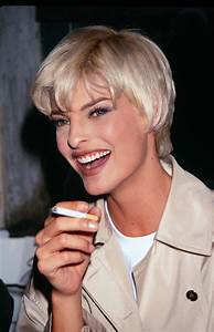 Supermodels of the 1990s- Fashion Pictures of 1990s ...