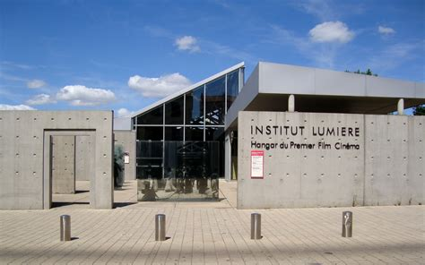 the culture of building file lyon institut lumière cinema jpg wikimedia commons