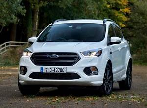 Ford Kuga St Line 2018 : review the ford kuga st line is a great suv for families even older ones ~ Medecine-chirurgie-esthetiques.com Avis de Voitures
