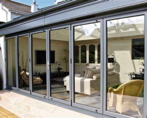 veranda per terrazzo chiudere un terrazzo o un balcone privato la scelta tra