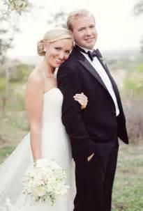 wedding photo poses 25 best ideas about wedding poses on wedding picture poses wedding pictures and