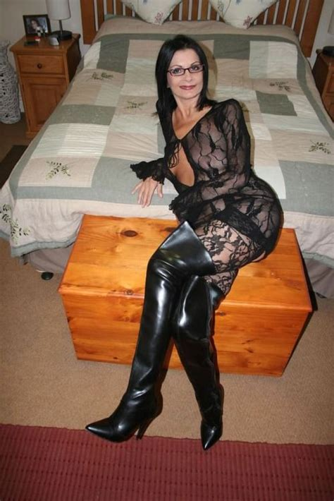 Pin On Hottest Milfs
