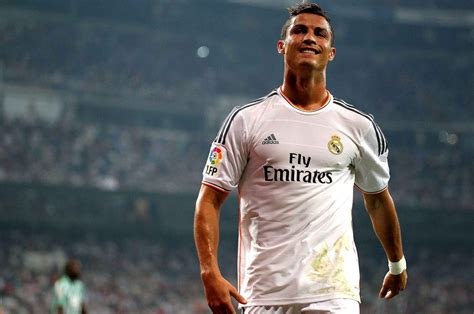 Wallpapers Of Christiano Ronaldo Cristiano Ronaldo Wallpapers Images Photos Pictures Backgrounds