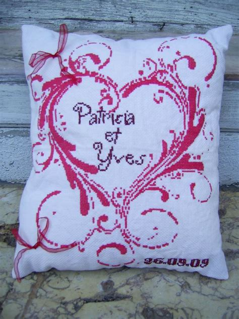 coussin d alliance a broder coussin pour alliance 224 broder