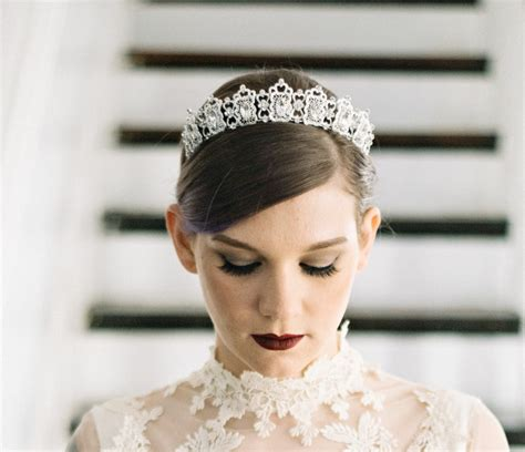 5 Of Our Favorite Etsy Shops For Bridal Hair Accessories