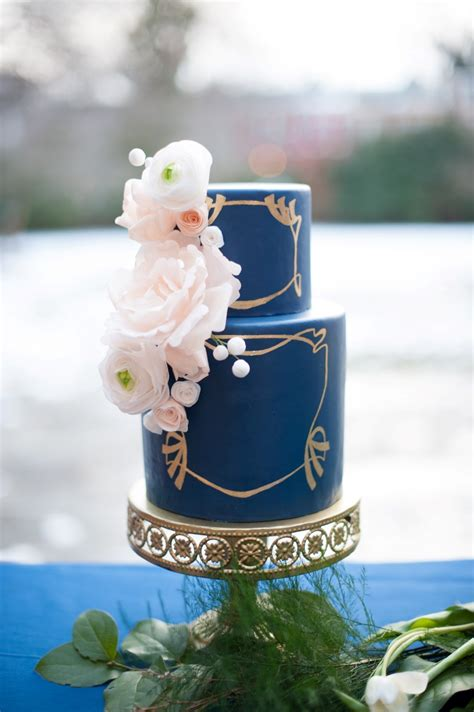 Art Nouveau Wedding Cakes
