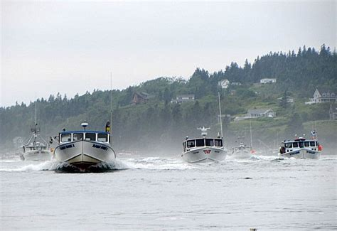 Fishing Boat Jobs In Maine by Maine Lobster Boat Races Photo Courtesy Of Billy Kitchen
