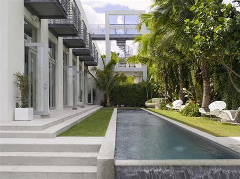 villa gets transformed into miami modern