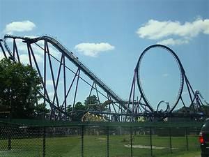 Bizarro Roller Coaster - a photo on Flickriver