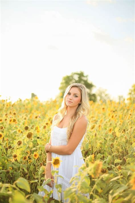 Sunflower Field Senior Session Southern Outdoorsy Summer