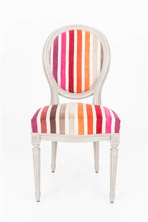 retapisser une chaise retapisser une chaise medaillon les 25 meilleures id es