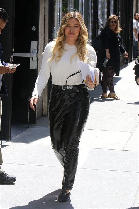 hilary duff     set  younger leather