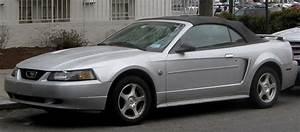 File:1999-2004 Ford Mustang convertible.jpg