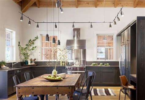 24 kitchens with jaw dropping cathedral ceilings page 3 of 5