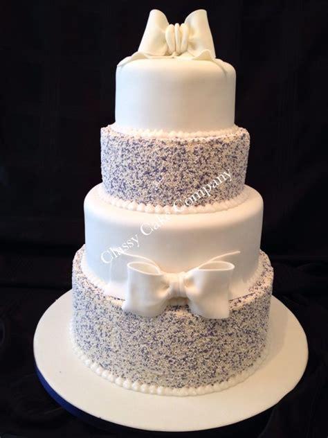 hundreds  thousands cake ideas  pinterest