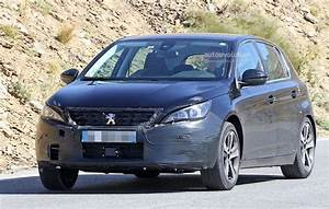 Peugeot 308 2017 : peugeot 308 facelift spied with little camouflage expect it in 2017 autoevolution ~ Gottalentnigeria.com Avis de Voitures