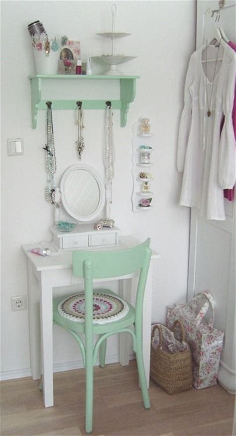 vanity ideas for small bedrooms 25 best small vanity table ideas on pinterest 20062 | 6cd0121cf4fa805962f1d0f20d03e746 pastel bedroom diy vanity small space