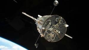 NASA's Hubble space telescope take a dazzling snapshot of ...