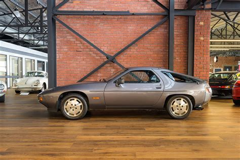 1984 Porsche 928 S (MY85) - Richmonds - Classic and ...