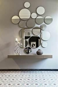 Spiegel Deko Ideen : die besten 25 flur spiegel ideen auf pinterest runde spiegel halle und eingang ~ Frokenaadalensverden.com Haus und Dekorationen