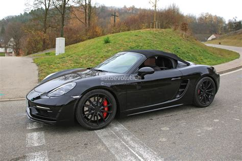 porsche boxster spyder 2019 porsche 718 boxster spyder makes spyshot debut with