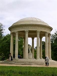 Architecture Neo Classique : temple of love built for marie antoinette on the grounds ~ Melissatoandfro.com Idées de Décoration