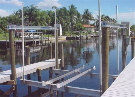 Boat Lift Pics by 145 Best Boat Lifts Docks Bulkheads Images On