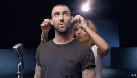 youtube maroon  lanza nueva version del videoclip girls