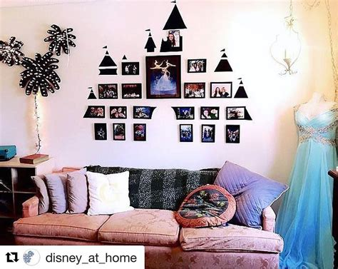 disney decorations disney photo display disney college fall 2017 in 2019
