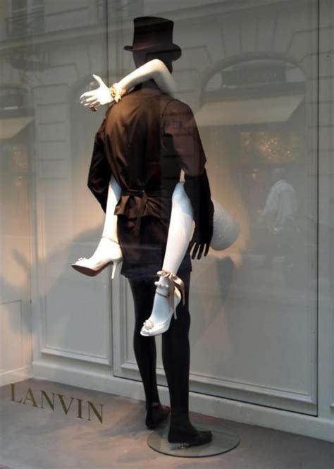 mannequin de vitrine femme how to turn an beat up mannequin into something fabulous for your window