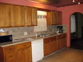 kitchen painting ideas with oak cabinets top 10 kitchen colors with oak cabinets 2017 mybktouch