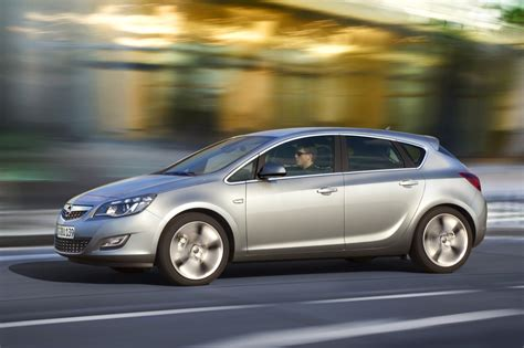 Opel Astra 2010 by 2011 Opel Astra Sports Coupe Photos Price Reviews