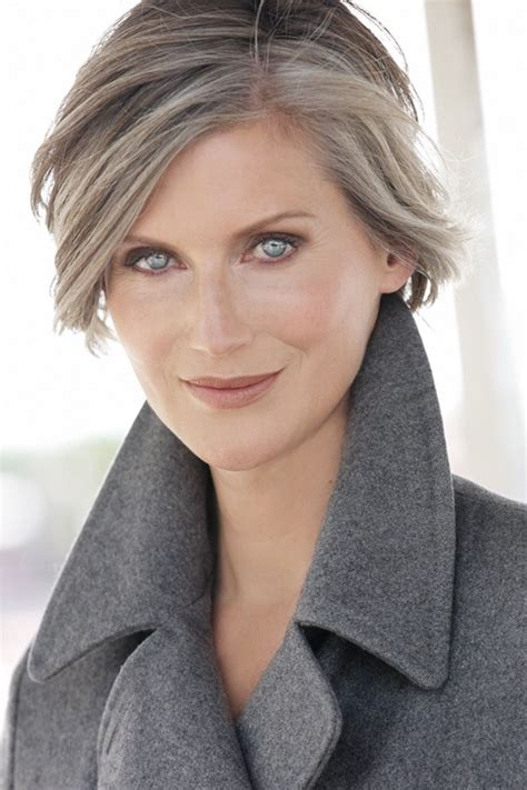 Pin by Chelin on Фото in 2020 Grey hair styles for women