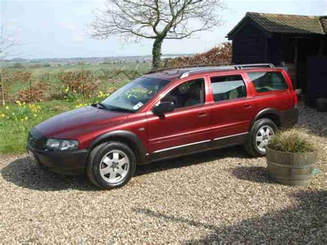 old cars and repair manuals free 2000 volvo v40 auto manual volvo 2000 xc70 red for sale as spares or repairs rare manual car for sale