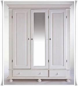Schlafzimmermöbel Landhausstil Weiß : kleiderschrank im landhausstil wei aus massivem kiefernholz in m nchen schr nke sonstige ~ Sanjose-hotels-ca.com Haus und Dekorationen