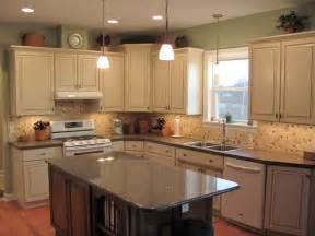 amymartin328 39 s ideas - Traditional Kitchen Lighting Ideas