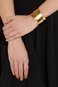 Hervé Van Der Straeten : herv van der straeten ruban hammered gold plated cuff ~ Melissatoandfro.com Idées de Décoration