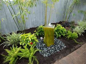 Water fountains for small backyards backyard design ideas for Backyard water features for small yards