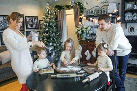 Kalėdinė šeimos fotosesija ir idėjos - Fotografė Reda Ruzel