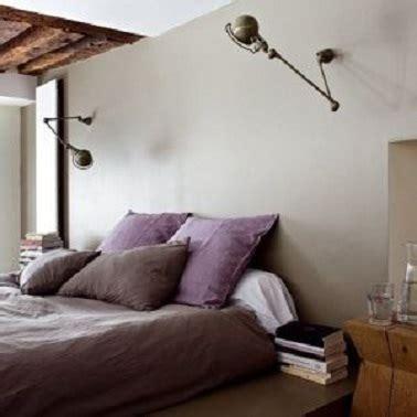 couleur parme chambre déco couleur parme gris et taupe dans une chambre
