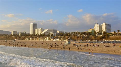 santa monica imposing strict water requirements