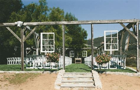 a secluded garden estate wedding kelli clayton green